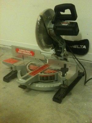 Delta 12in Compound Miter Saw 15 Amp Motor rental Atlanta, GA