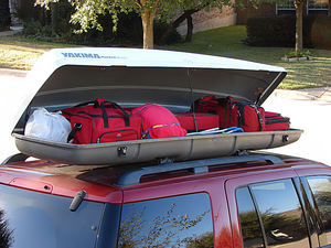 Lockable Yakama cargo / luggage box (Rocketbox) rental Austin, TX