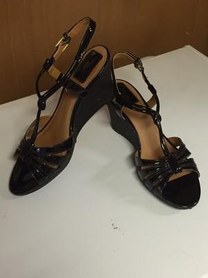 Heels/Wedges/Sandals, 11 Wide rental Topeka, KS