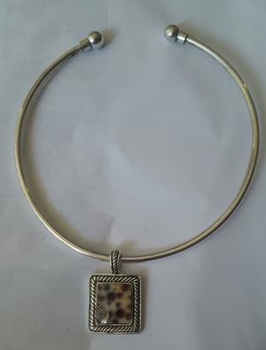 Silver necklace rental Seattle-Tacoma, WA