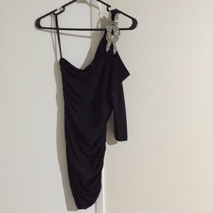Black Cold Shoulder Ruched Dress rental Los Angeles, CA