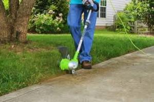 String Trimmer / Grass Trimmer / Weed Eater rental Austin, TX