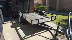5x10 large cargo / moving trailer with 4 foot ramp rental Austin, TX