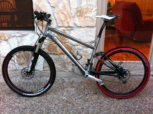Specialized Epic Mountain Bike - Full Suspention rental Austin, TX