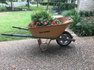 Wheelbarrow  rental Austin, TX
