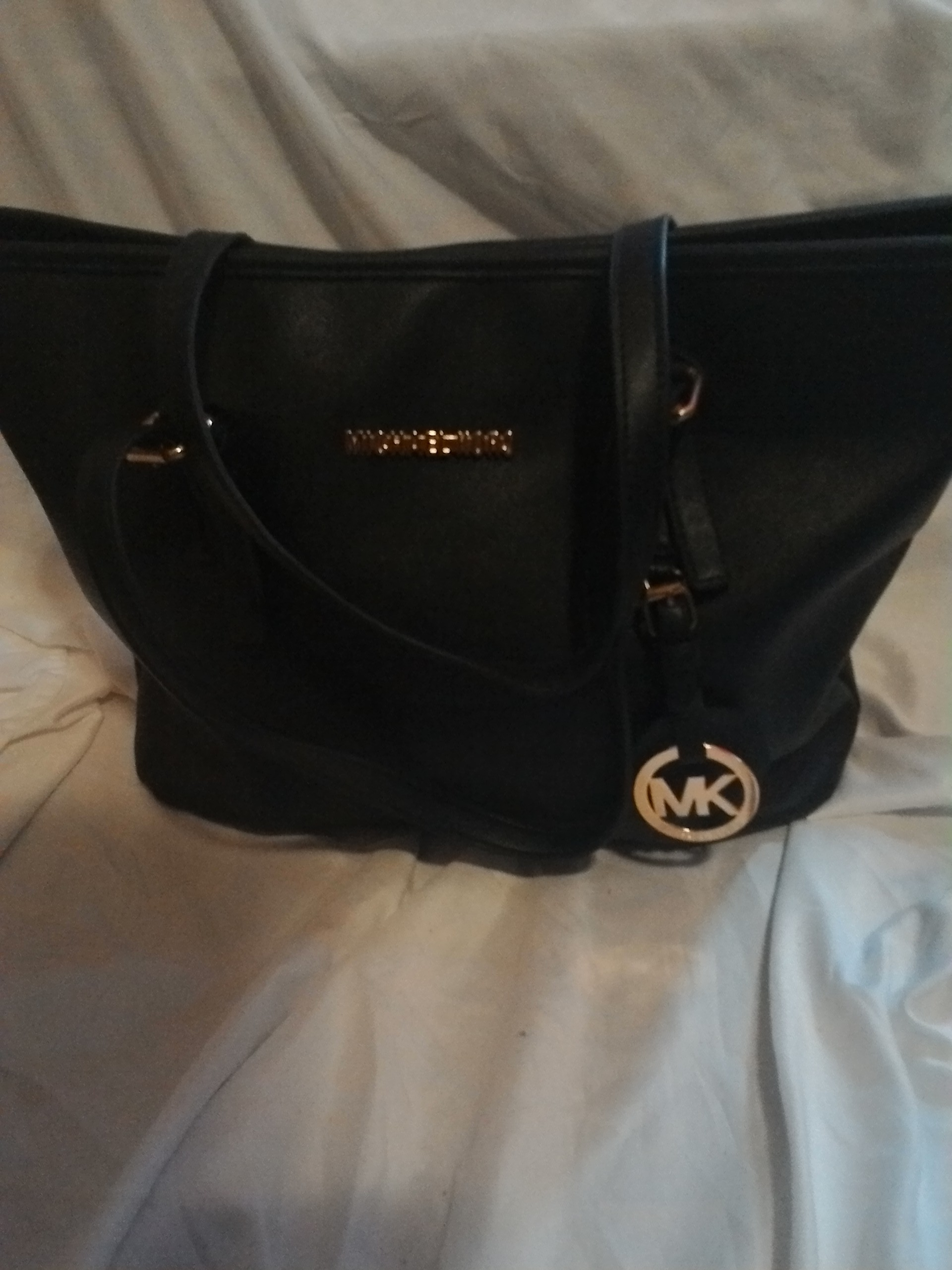 678af16b7532 Loanables Michael Kors Purse Rental located in Hempstead