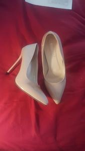 Shoes rental Albany-Schenectady-Troy, NY