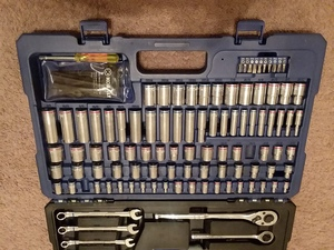 Ratchet and socket set with wrenches rental Chattanooga, TN